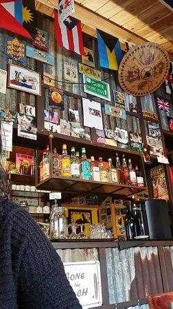 La Croix Du Sud restaurant : Déco bar (31/01/2013)