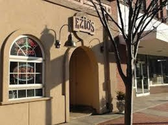 Ezio's Italian Restaurant: Historic Downtown Salem