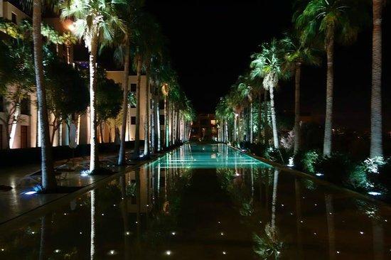 Kempinski Hotel Ishtar Dead Sea: Resort Grounds