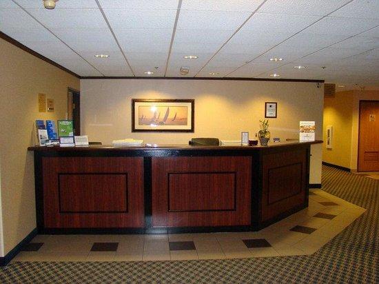 Holiday Inn Express Racine (I-94 @ Exit 333) : Hotel Lobby