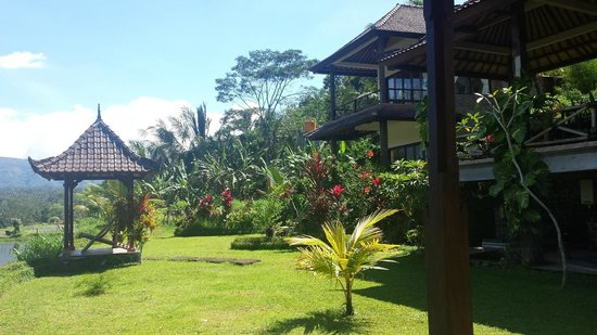 Great Mountain Views Villa Resort: Frangipani Room Villa