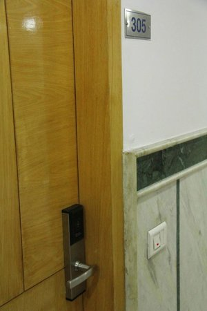 FabHotel Mohan International Paharganj: Room 305