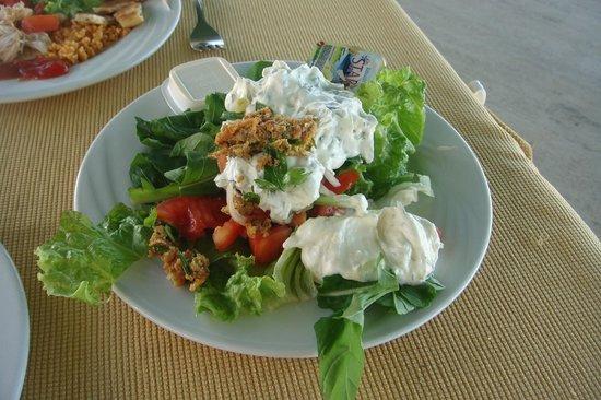 Club Acacia: mon repas du soir! marre du poulet ...