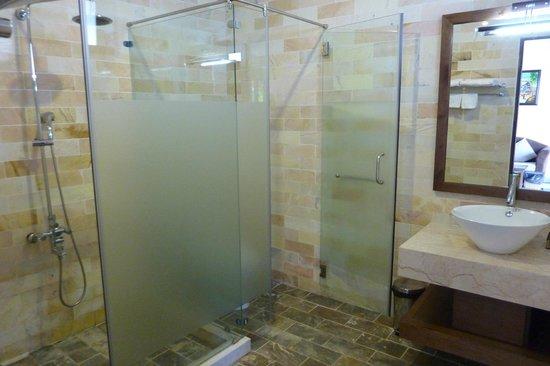 Arcadia Phu Quoc Resort: Our bathroom - private stalls