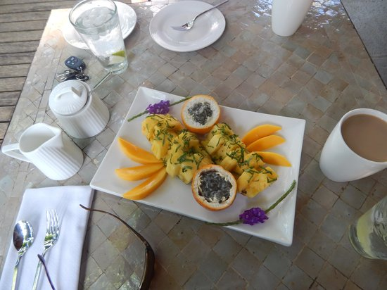 Prana Rainforest Retreat: FRUIT PLATE