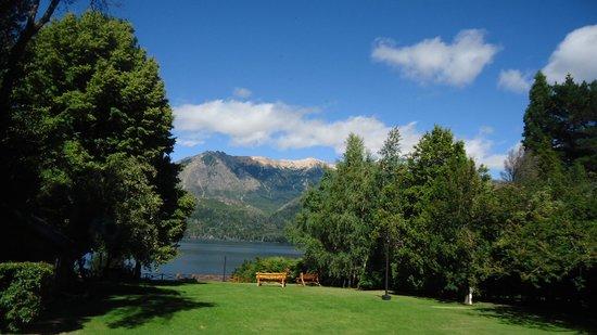 Lago Gutierrez Lodge: Vista del parque