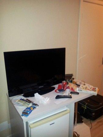 San Juan Executive: TV do quarto