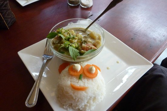 Delilah's Place: Yellow curry