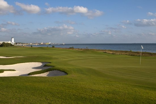 Puerto Cancun Golf Club - Picture of Puerto Cancun Golf Course ... on