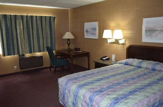 Grand Inn: Other Hotel Services/Amenities
