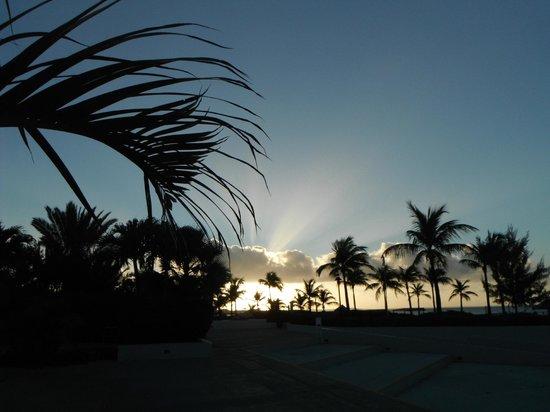 Club Med Turkoise, Turks & Caicos : Le soleil qui se couche après une journée bien remplie