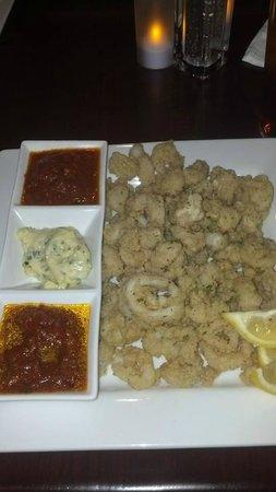 Emilio's Italian Eatery : calamari