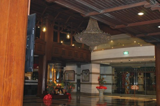 Bangkok Palace Hotel : ホテルのロビー