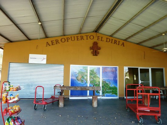 Fly with us Costa Rica : Tamarindo Airport