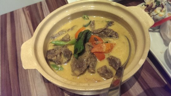 Silom Thai Food: red curry beef