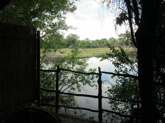The Old Bridge Backpackers: view of the river