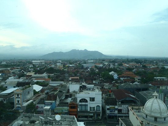 Grand Surya Hotel Kediri: View from room