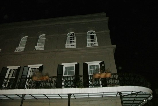 """Witches Brew Tours: LaLaurie Mansion...""""Dust"""" or """"Ghosts""""?"""