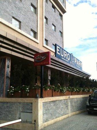 Euro Park Otel : Отель снаружи