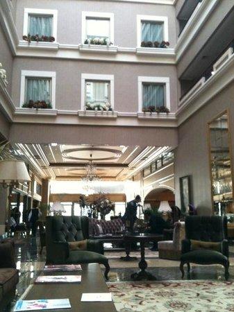 Euro Park Otel : Холл
