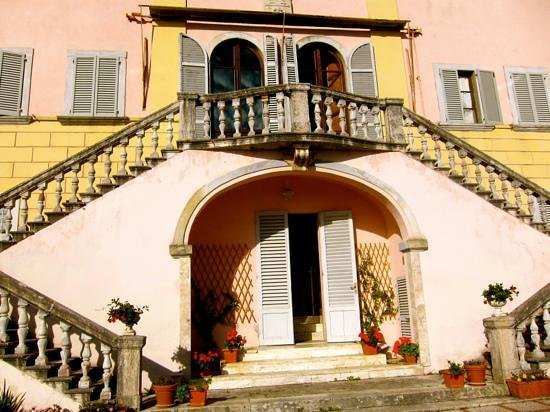 Front of the Villa Lecchi, coming down to the patio