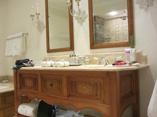 Belmond Palacio Nazarenas: Bath