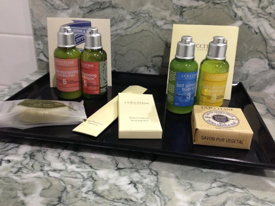 Coconut Grove Apartments: Best products in the bathrooms!
