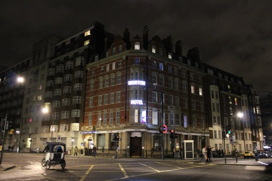 Morton Hotel: View from Russel Square