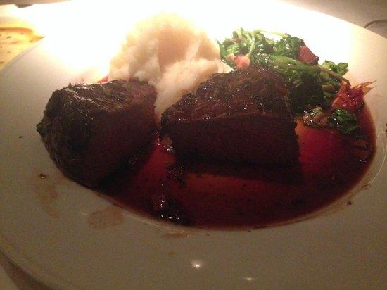 Montrio Bistro : picture doesn't do the steak justice