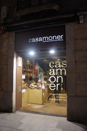 Casamoner: 外観