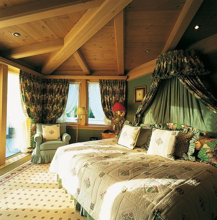 Gstaad Palace Hotel: Penthouse Suite Bedroom