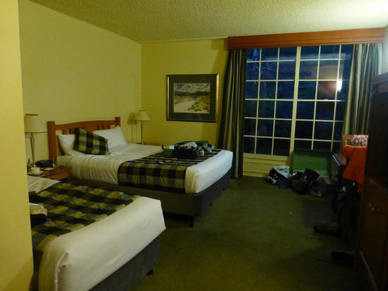 country club casino rooms