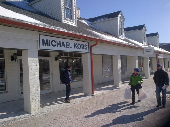 Central Valley, NY: Michael Kors
