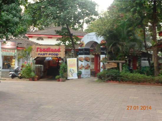 Miramar Residency: Foodland restra