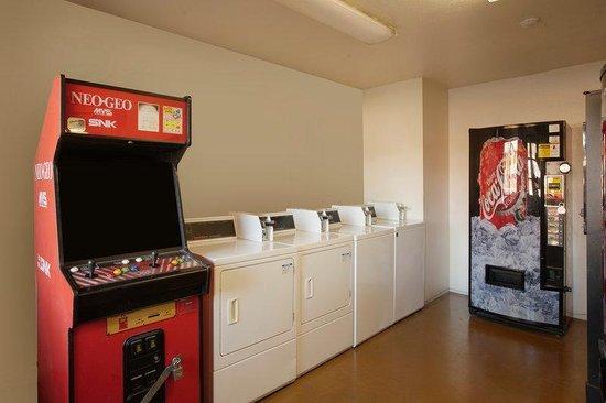 Americas Best Value Inn : Laundry_Vending