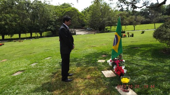 Senna's Grave Morumbi Cemetery: Paying a tribute to the greatest driver of all time