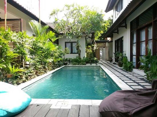 Kembali Lagi Guest House: 小巧精緻,不過路很難找。