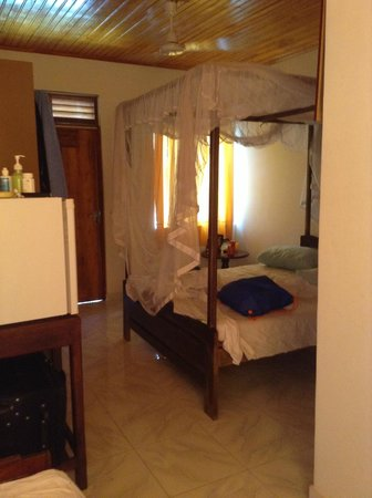 Sea Breeze Guest House: наша комната