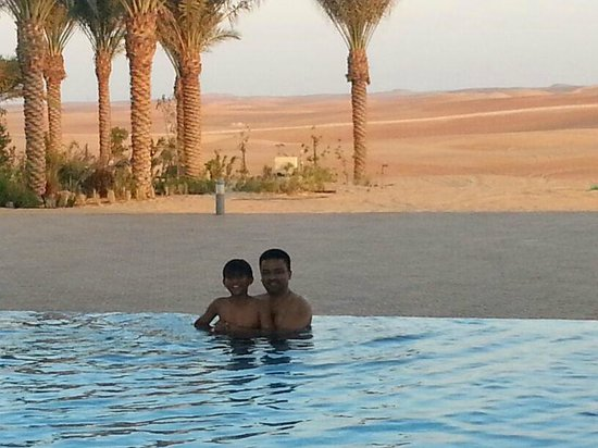 Liwa Hotel: resort pool