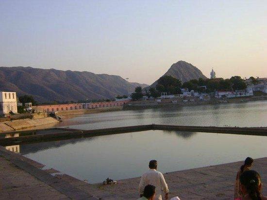 Hotel Oasis : Pushkar Lake View