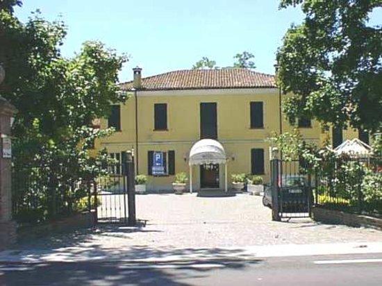 Villa Regina: veduta esterna