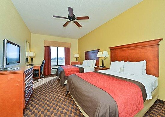 Comfort Inn & Suites: Double Queen Room
