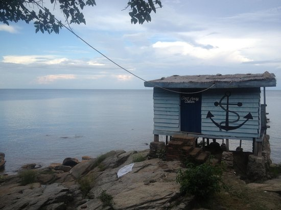Big Blue Backpackers: Castaway cabin is very nice and has the best balcony!