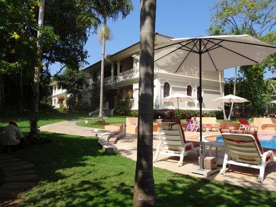 Hacienda De Goa Resort: near the pool
