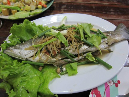 Su Chilli: Steamed Fish - 310 baht