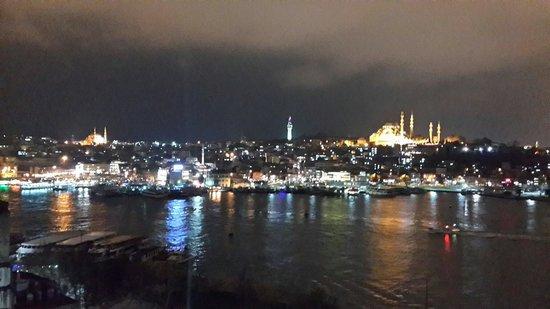 Istanbul Golden City Hotel : Güzel bir manzara.