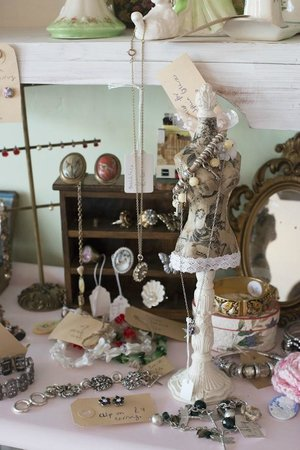 Dulcie Butterfly: vintage gifts
