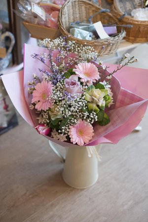 Dulcie Butterfly: Flowers to order or buy in the shop