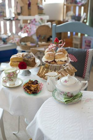 Boston Spa, UK: Delicious afternoon tea saved in vintage china