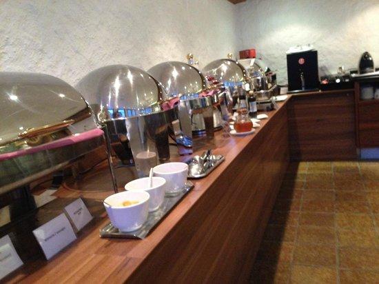 Hirschen: Breakfast room